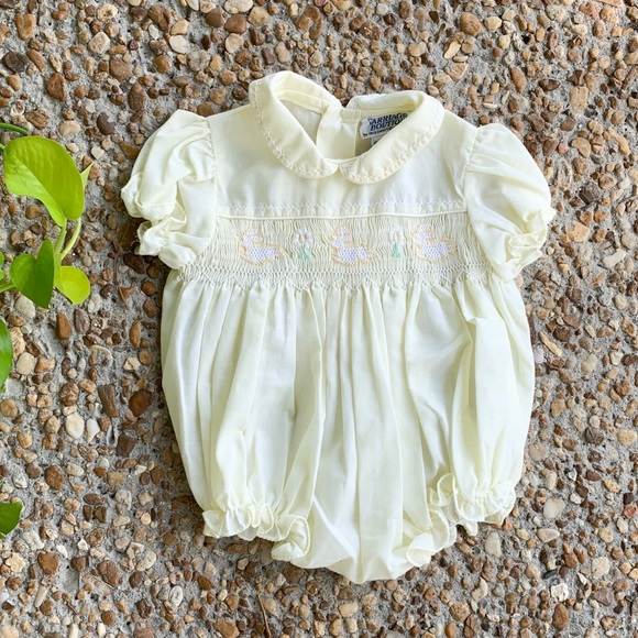 Vintage Other - Vintage Carriage Boutiques Baby Girl Bunny Outfit